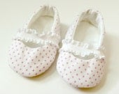 Infant Mary Jane Slippers - Pink Dot on White - Ballet Flats - Booties - Baby Shower Gift - Baby Girl Gift