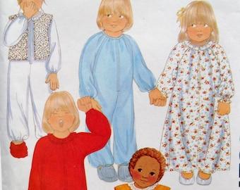Pajamas Nightgown Sleeper Pattern Children's Zip Front One Piece Footless PJs Vintage 1970s McCalls 6827 sz 3 Uncut