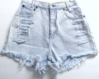 Vintage 80's light wash High Waisted denim Shorts Waist 24 inches