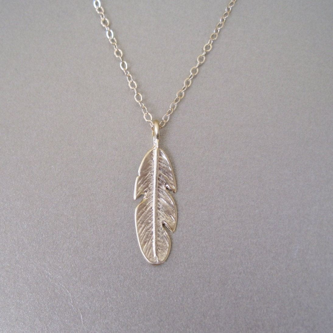 small gold leaf pendant necklace