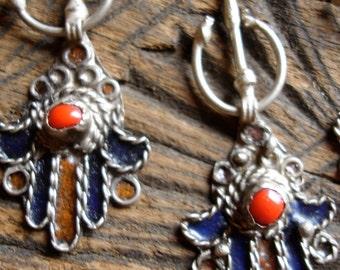 Moroccan small fibula enamel pendant (2)
