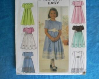 Butterick 3709 Girls Size 2-5.
