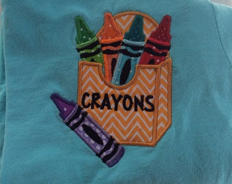 School/teacher crayons appliquéd t-shirt