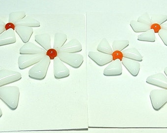 Glass Flowers For Mosaics, Jewelry, Magnets or other Embellishments 6 Flowers  (P215)