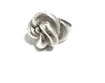 Vintage Sterling Ring Love Knot 1970s