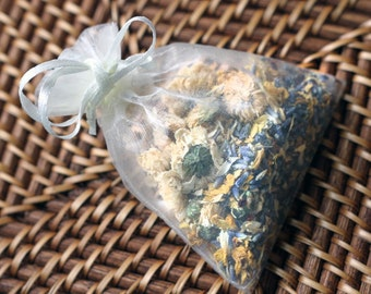 Organic Herb Potpourri Sachets - Handmade 3x4 Inch Potpourri Sachets filled with Lavender Mint or Wildflower Rose