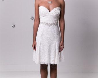 Sample Sale: Short Lace Wedding Dress, Low Back Wedding Reception Dress, Simple  Vegan Wedding Gown, Cotton Lace Eco Friendly wedding dress