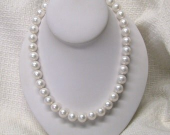 Large White Faux Pearl Beaded Necklace, Chunky Faux Pearl Bridal Necklace, Repurposed Jewelry