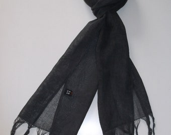 Men's spring/summer scarf: Cotton/linen, distressed look