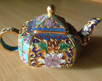 Small Square Chinese Export Cloisonne Teapot Collectible