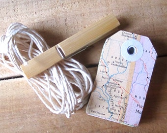 map gift tags, vintage map tags, travel theme, destination wedding, map favor, map theme, gift tags, atlas, bon voyage, wedding tags