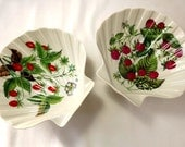 Two shell shaped trinket dishes by Porcelaine de Paris, strawberries and raspberries