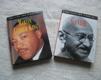 2xMini books: Martin Luther King and Gandhi ~ miniature books