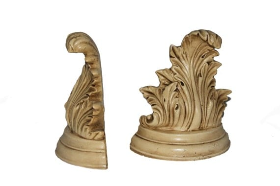 Acanthus leaf Bookends- great Hollywood Regency style in antique cream