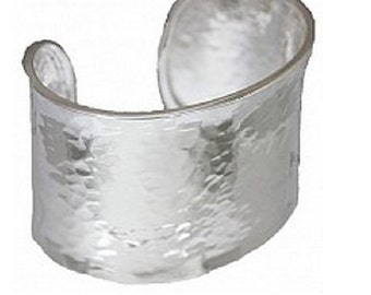 Zoe silver monogrammed cuff