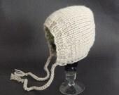Classic Chunky Bonnet hat Newborn hat Knit baby hat Baby bonnet Newborn knitted  Vintage bonnet Photo prop Newborn baby prop infant hat