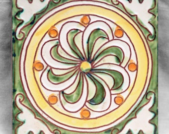Green, white and yellow floral tile