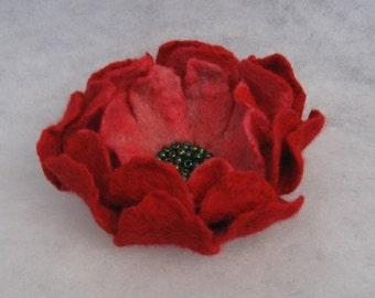 Flowers Brooch -  Felted Flower- Hand felted brooch - Wool brooch -  red pink