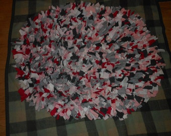 Recycled T shirt Shag Rug-Pinks, Grays, & White-Oval Shaggy Rag Rug-Photo prop