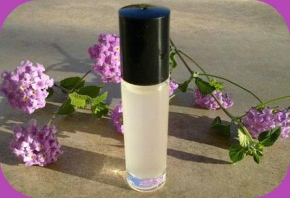 Happy Heart  - Women's Perfume Fragrance Roll-On Oil - 10 ml Bottle