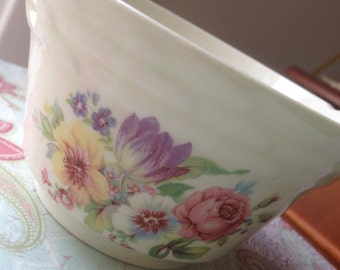 The Most Adorable Little Shabby Chic Bowl