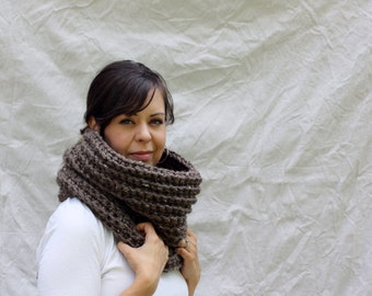 Chunky knit cowl infinity scarf tube scarf - Berwick Warmer - Barley