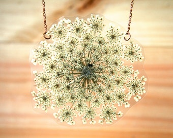 Pressed Flower Jewelry - White Queen Anne's Lace Pressed Flower Petal Necklace