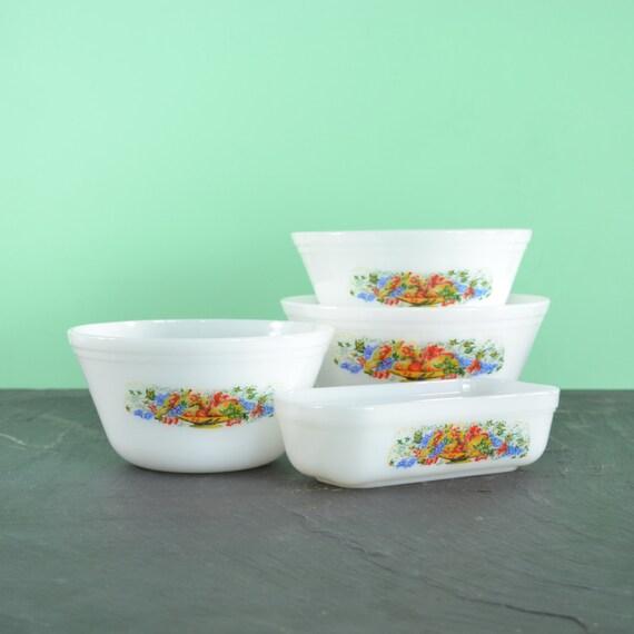 Vintage Kitchen Bowls: Vintage Kitchen Mixing Bowl Set Refrigerator Dish By KOLORIZE