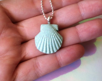 Mermaid necklace/ shell necklace
