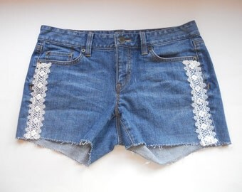Lace Jean Shorts Embellished Denim Shorts Ann Taylor Size 4 Daisy Dukes