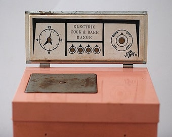 Vintage Pink Stove, Toy Stove For Cooking, Mid Century Oven,  Pink Retro Kid Kitchen, Little LAdy Electric Cook and Bake Range, For Girl