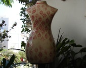 vintage,aged red floral,large,ceramic mannequin,bust on wooden turned base,stand-gorgeous shabby chic