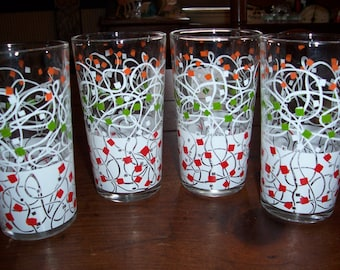 Set of 4..Very Cool Vintage Beveled Glass 1950's Tumblers...Confetti Graphics Glass...Great Condition...Heavy Party Glasses...Great Graphics