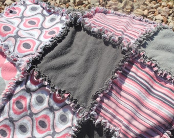 Pink and Gray Geometrical Rag Quilt