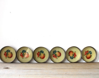 Vintage retro coaster set / cottage chic / mid century style / fruit decor / yellow / farm house style / country cottage style / cabin decor