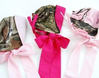 Handmade from Realtree Camo Girls Baby Bonnet. Mossy Oak Pink. Photo Prop. Hot pink.  Redneck baby shower. Mossy Oak Baby hat