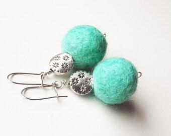SALE Felted Earings Felted Jewelry Mint Green Felt Bead Earings Ball Earrings Ecofriendy Earrings Dangle Mint Earings