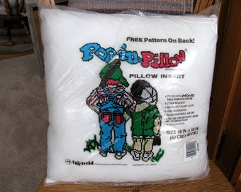 Polyester pillow insert, 16 by 16 inch