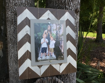 Distressed Picture Frame, Wood 8x10 Frame, Brown Picture Frame,  8x10 Picture Frame, Wood Plank Frame, Chevron Frame