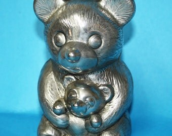 Vintage, Leonard Silverplated  Bear Bank,