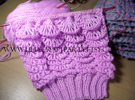 Knitting Pattern For Angel Wings : KNITTING PATTERN SCARF - Angel Wings Long Chunky Scarf ...