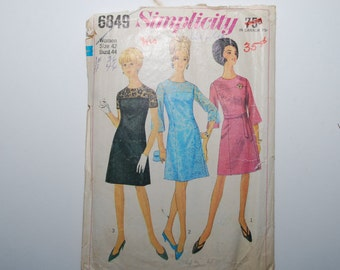 Vintage  Simplicity Dress Pattern 6849 Size 42 Bust 44