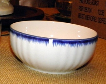 "5"" Blue and White Vegetable Serving Bowl Ralph Lauren BURNHAM"