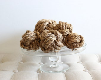 Knot Medley / 7 manila knots