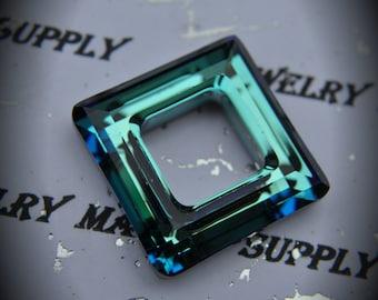 4439 Genuine SWAROVSKI BERMUDA BLUE Square Ring 20mm