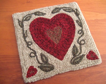 """12"""" x 12"""" Linen Hooked Rug Pattern - """"Two Solitudes"""" - Hearts and Vines"""