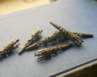 20 pcs Bronze Filigree Bead Caps or End Cones 41mm (BMB859)