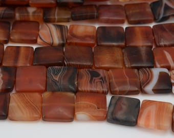 red banded agate matte smooth puffy square bead 14x14mm 15 inch
