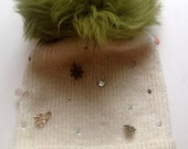 """knitted cap , beanie """"star hiver """" with rhinestones ,charms and real fur (fox) , wool"""