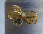 Vintage gold filigree brooch/pin